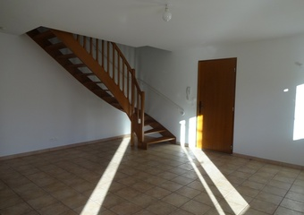 Renting House 4 rooms 85m² Pernes-les-Fontaines (84210) - photo