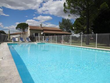 Sale House 4 rooms 150m² Althen-des-Paluds (84210) - photo