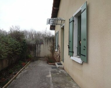 Renting House 3 rooms 78m² Monteux (84170) - photo