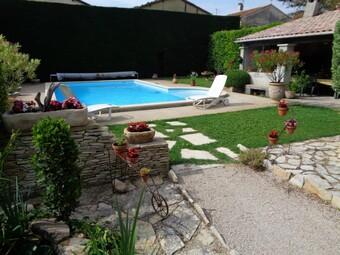 Sale House 5 rooms 135m² Entraigues-sur-la-Sorgue (84320) - photo