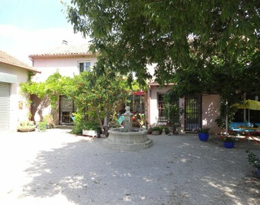 Sale House 7 rooms 275m² Carpentras (84200) - photo