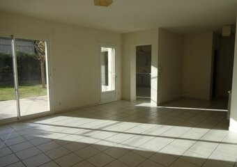 Renting House 6 rooms 131m² Monteux (84170) - Photo 1