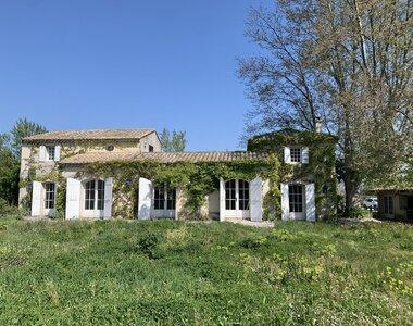 Sale House 5 rooms 145m² Saint-Saturnin-lès-Avignon - photo