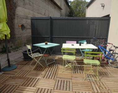 Renting Apartment 3 rooms 64m² Pernes-les-Fontaines (84210) - photo