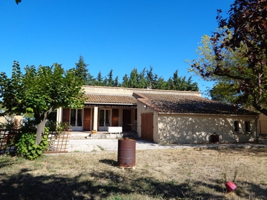 Sale House 4 rooms 85m² Monteux (84170) - photo