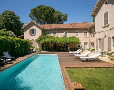 Sale House 8 rooms 278m² Villeneuve-lès-Avignon (30400) - photo