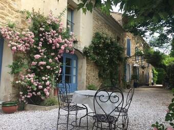 Sale House 15 rooms 500m² Althen-des-Paluds (84210) - photo