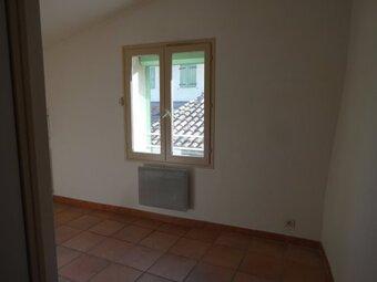 Renting Apartment 2 rooms 45m² Monteux (84170) - photo