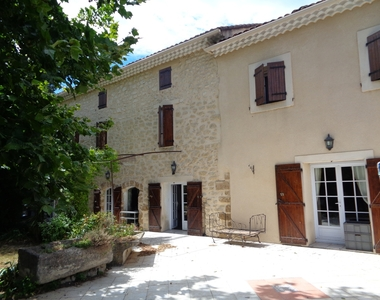 Sale House 5 rooms 190m² Monteux (84170) - photo