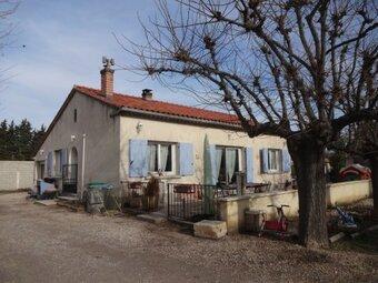 Sale House 4 rooms 93m² Althen-des-Paluds (84210) - photo