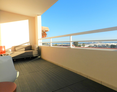 Sale Apartment 4 rooms 82m² Saint-Laurent-du-Var (06700) - photo