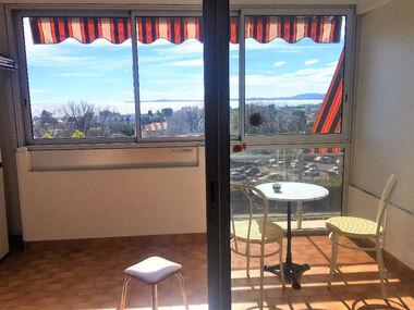 Sale Apartment 2 rooms 41m² Saint-Laurent-du-Var (06700) - photo
