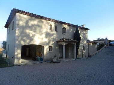 Sale House 5 rooms 240m² La Gaude (06610) - photo