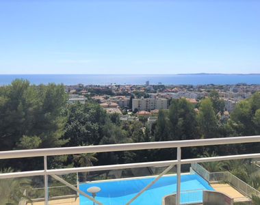 Sale Apartment 3 rooms 68m² Saint-Laurent-du-Var (06700) - photo