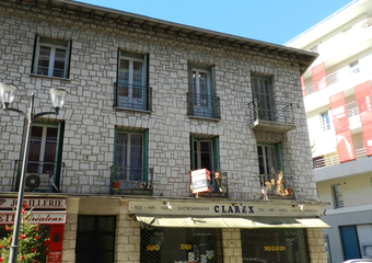 Sale Apartment 4 rooms 83m² Saint-Laurent-du-Var (06700) - photo