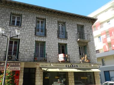 Sale Apartment 4 rooms 83m² Saint-Laurent-du-Var (06700) - photo