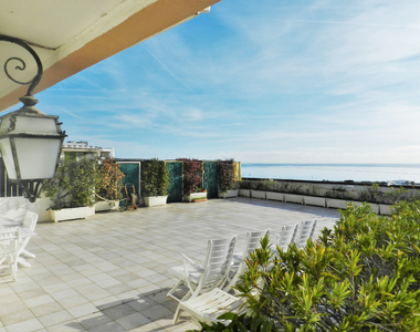 Sale Apartment 4 rooms 132m² Saint-Laurent-du-Var (06700) - photo