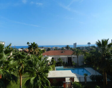 Sale Apartment 3 rooms 95m² Saint-Laurent-du-Var (06700) - photo