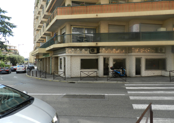 Vente Fonds de commerce 42m² Saint-Laurent-du-Var (06700) - Photo 1