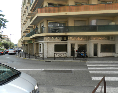 Vente Fonds de commerce 42m² Saint-Laurent-du-Var (06700) - photo