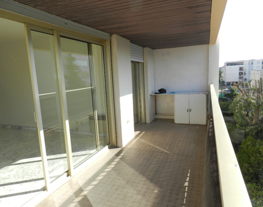 Vente Appartement 2 pièces 56m² Saint-Laurent-du-Var (06700) - photo
