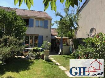 Vente Maison 4 pièces 77m² Savigny-le-Temple (77176) - Photo 1