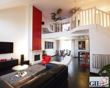 Vente Maison 8 pièces 160m² Savigny-le-Temple (77176) - photo