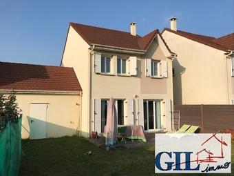 Vente Maison 5 pièces 105m² Savigny-le-Temple (77176) - Photo 1