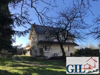 Vente Maison 10 pièces 180m² Savigny-le-Temple (77176) - Photo 1