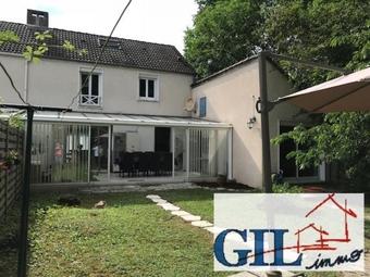 Vente Maison 8 pièces 140m² Nandy (77176) - photo