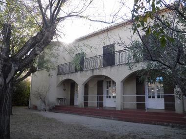 Vente Maison 7 pièces 176m² Villeneuve-lès-Avignon (30400) - photo