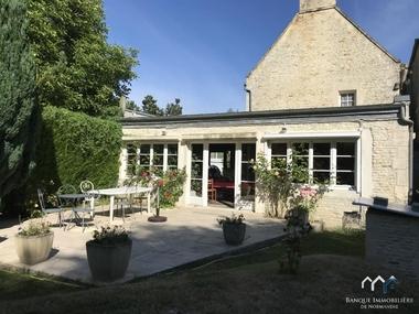 Sale House 10 rooms 270m² Caen (14000) - photo
