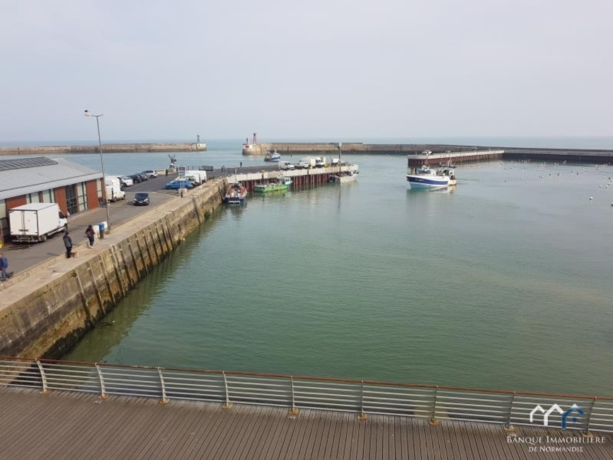 Location Appartement 44m² Port-en-Bessin-Huppain (14520) - photo