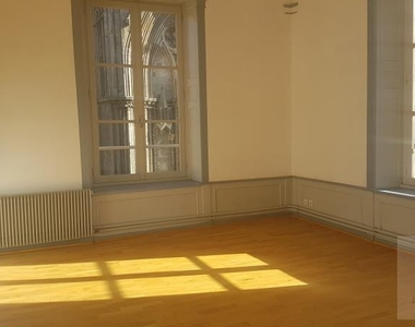 Renting Apartment 3 rooms 65m² Bayeux (14400) - photo