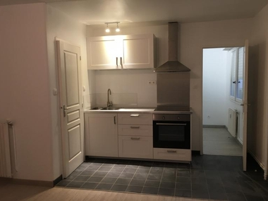 Location Appartement 2 pièces 34m² Bayeux (14400) - photo