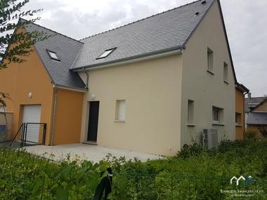 Location Maison 7 pièces 131m² Bayeux (14400) - photo