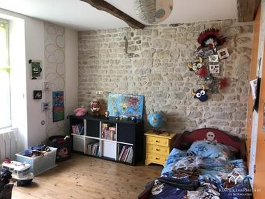 Vente Maison 6 pièces 120m² Tilly-sur-Seulles (14250) - photo