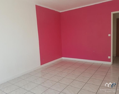 Renting Apartment 1 room 31m² Bayeux (14400) - photo