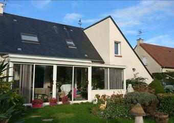 Sale House 6 rooms 142m² Arromanches-les-Bains (14117) - Photo 1