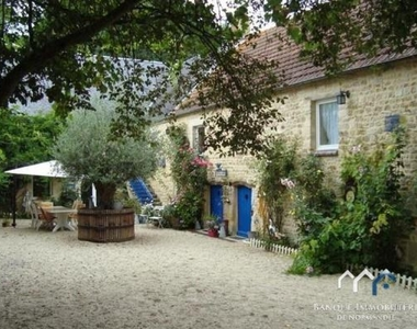 Sale House 8 rooms 240m² Tilly-sur-Seulles (14250) - photo