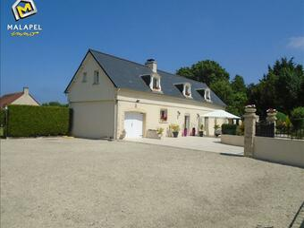 Sale House 5 rooms 137m² Port-en-Bessin-Huppain (14520) - photo