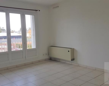 Renting Apartment 2 rooms 49m² Bayeux (14400) - photo