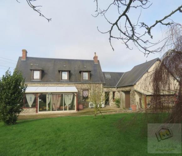 Sale House 5 rooms 116m² Jurques - photo