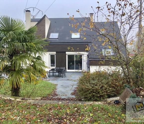 Sale House 6 rooms 135m² Caen - photo