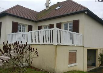 Sale House 5 rooms 96m² Port-en-Bessin-Huppain (14520) - Photo 1
