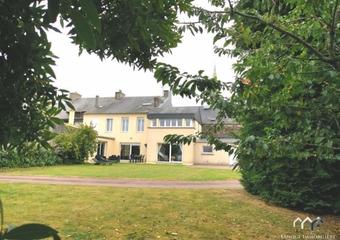 Sale House 11 rooms 240m² Villers bocage - Photo 1