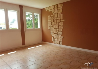 Renting Apartment 1 room 37m² Bayeux (14400) - Photo 1