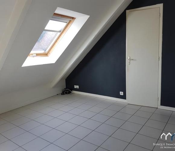Location Appartement 2 pièces 20m² Bayeux (14400) - photo