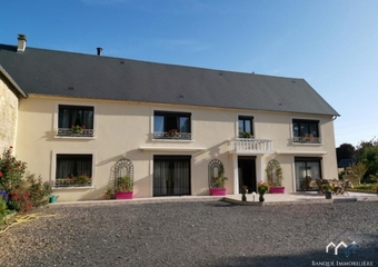 Sale House 8 rooms 258m² Caen - Photo 1