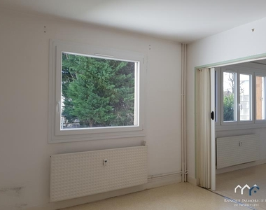 Renting Apartment 1 room 30m² Bayeux (14400) - photo